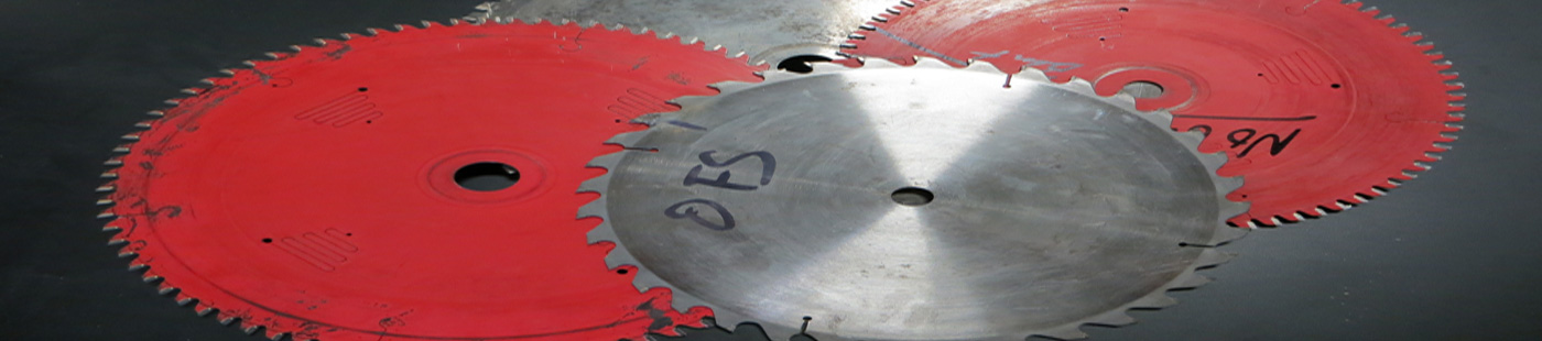 2 red saw blades and 1 grey saw blade